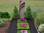 Ein bepflanztes Grab